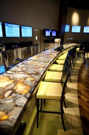 Plainridge Park Casino will feature a Doug Flutie sports pub.